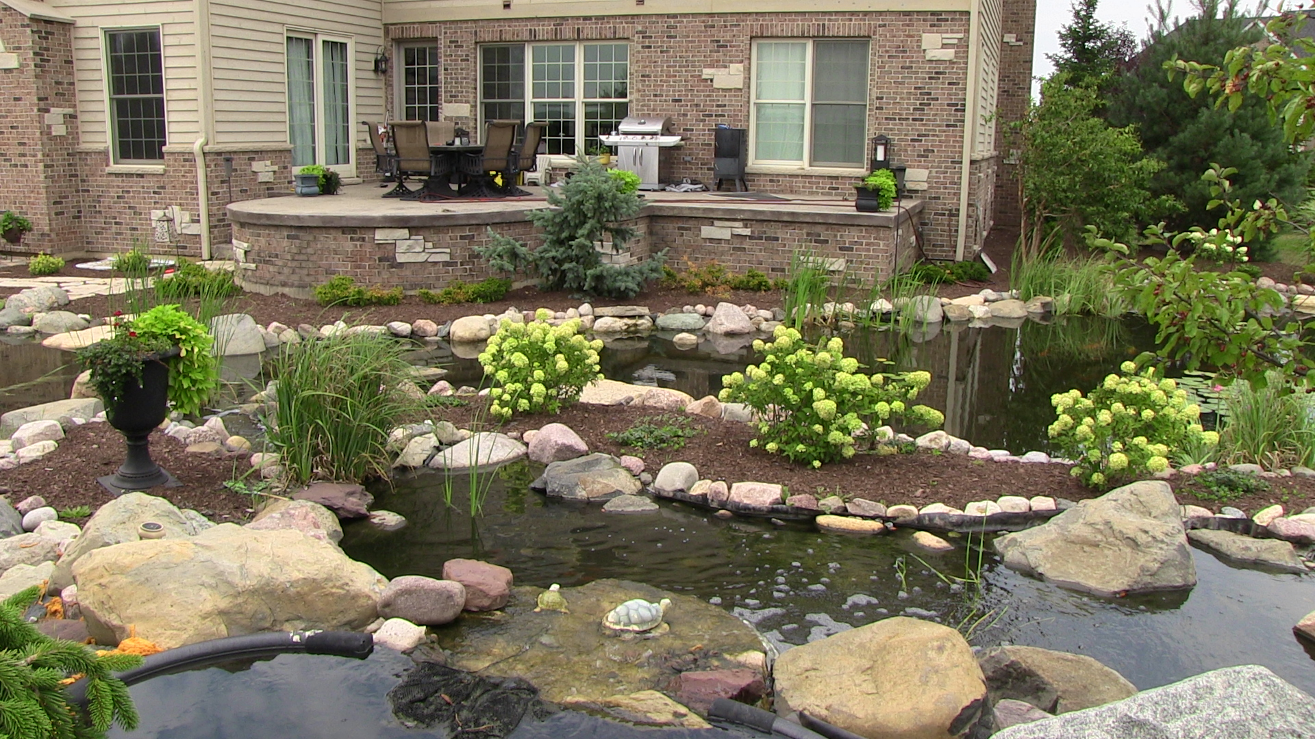 Why You Need Professional Residential And Commercial Landscaping Services